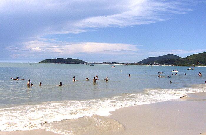 Praia da Cachoeira do Bom Jesus - Florianópolis - por cris reivax