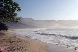 Praia de Fora - Trindade - por Ken-Badgley