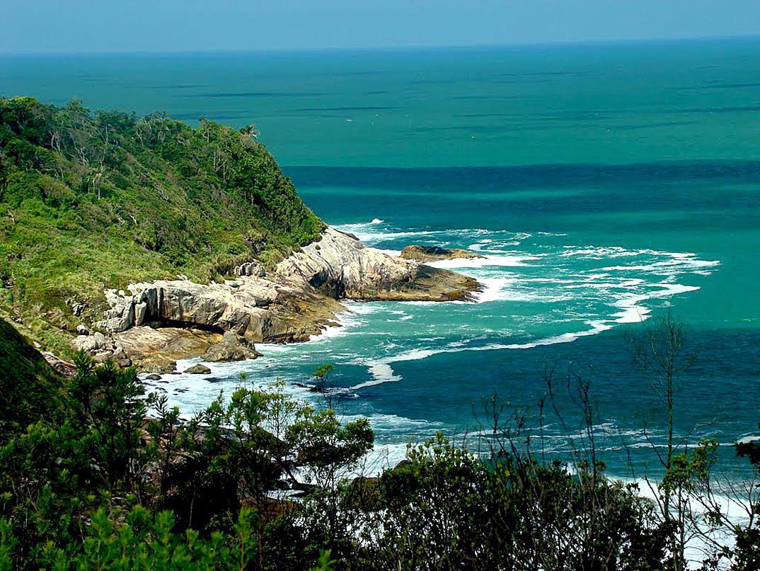 Praia do Pinho – Balneário Camboriú por static-panoramio-com