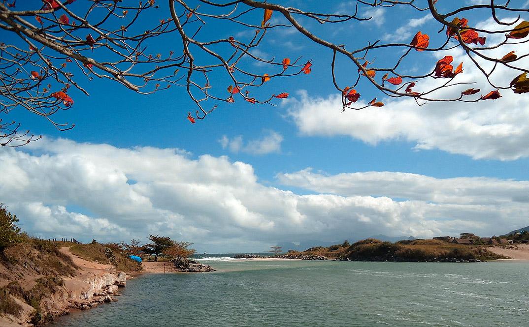 Praia de Itaipu - NIterói - por ralf