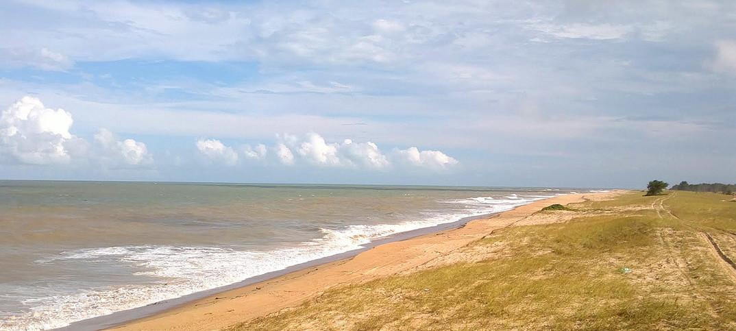 Praia do Farol de São Tomé - Campos dos Goytacazes - por Nivas-Larsan