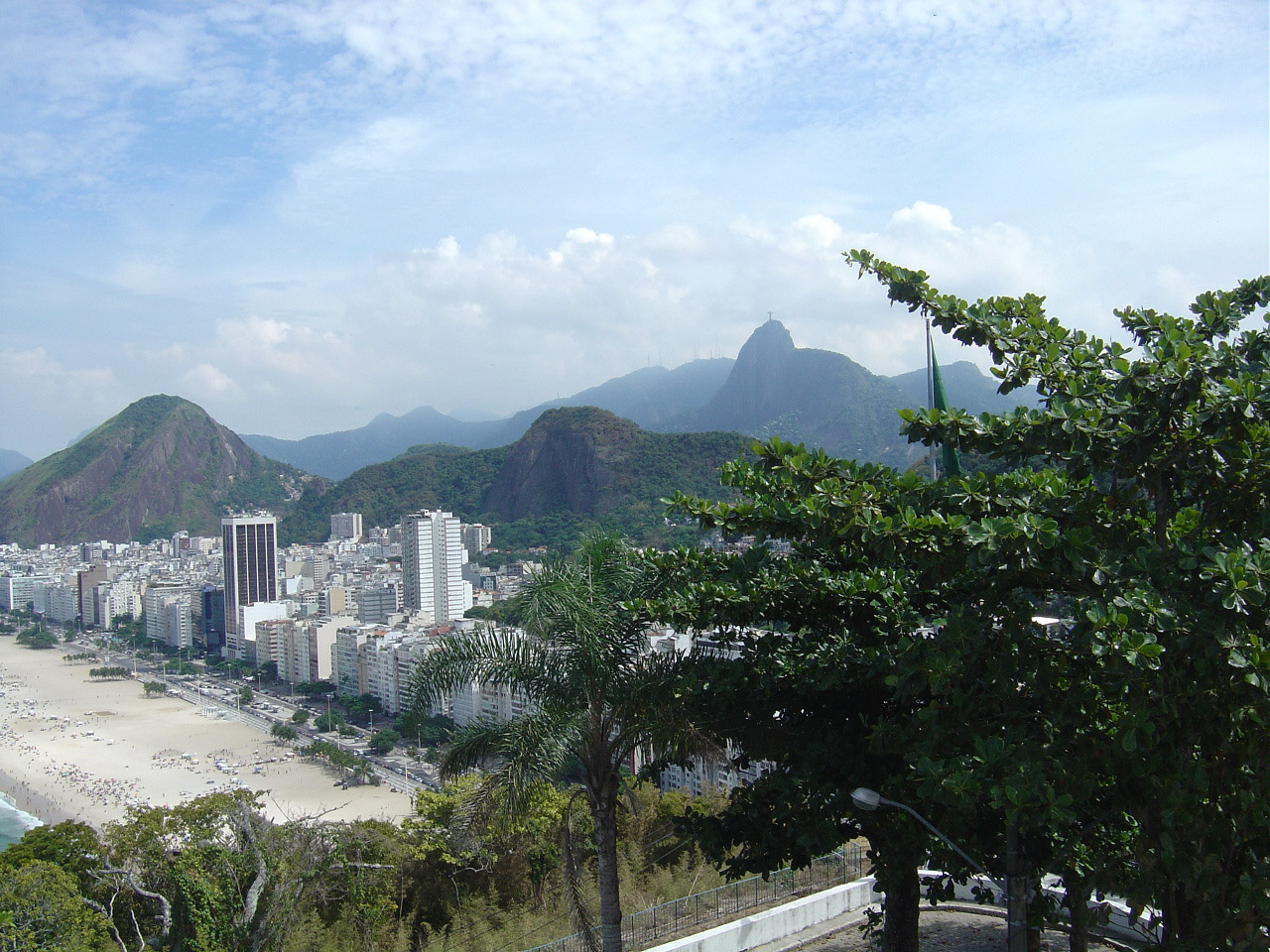 Leme - Rio de Janeiro - por heloisaprado