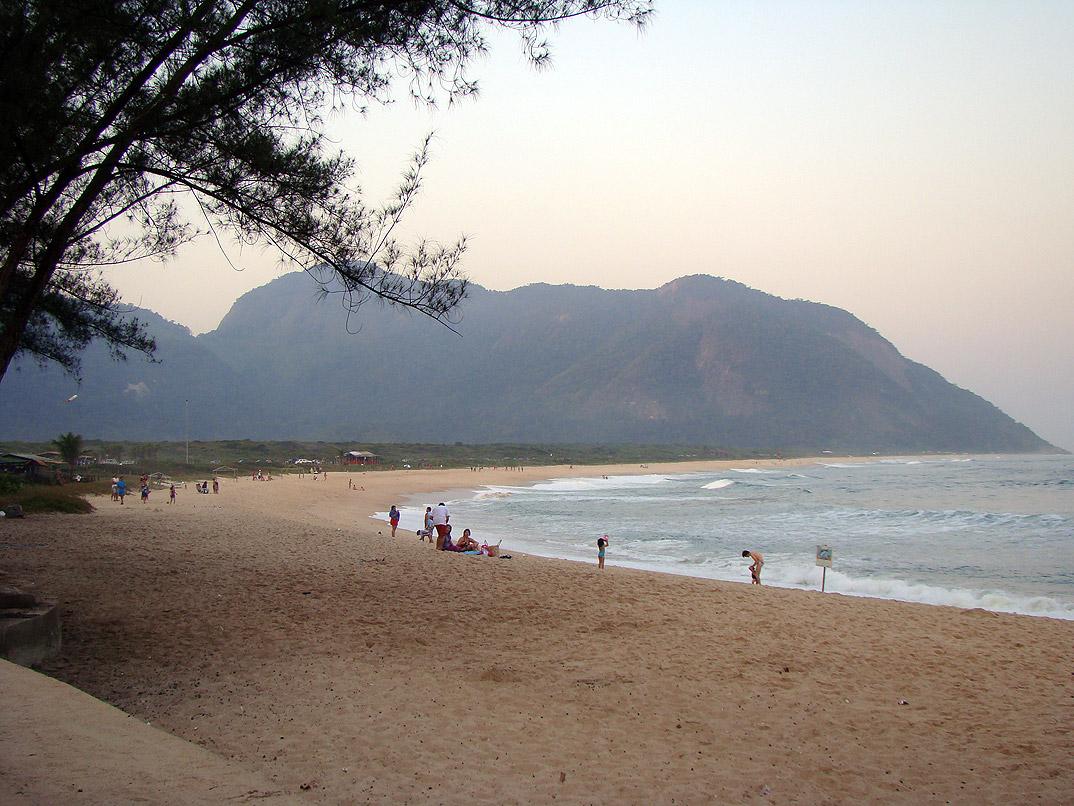 Praia de Grumari - Rio de Janeiro - por SergioPerryJunior