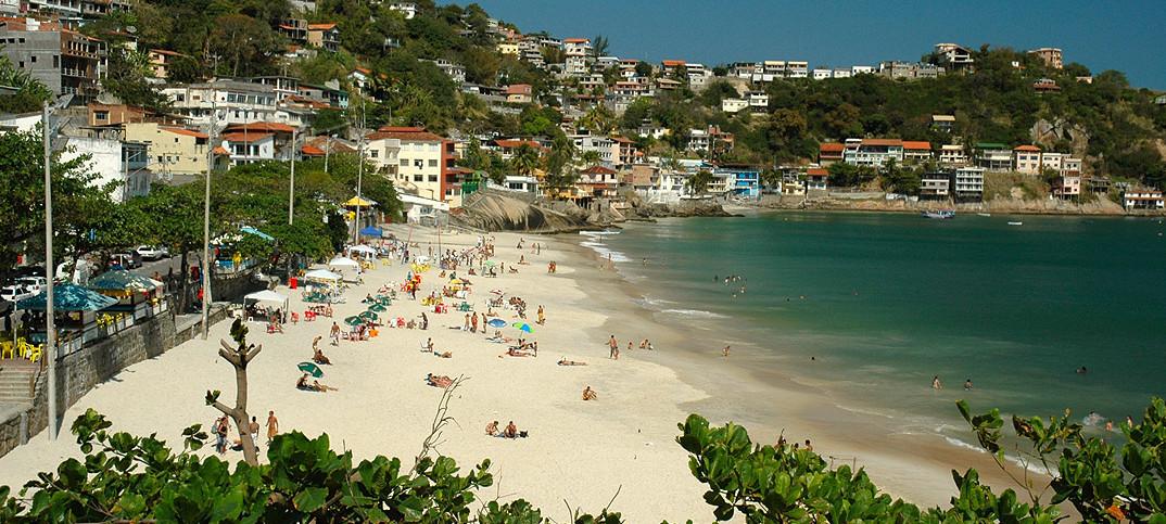 Praia da Barra de Guaratiba - RJ - por Praia da Barra de Guaratiba - RJ - por Sergio-Perry-Junior
