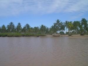 Praia da Caieira - por belmontebahia