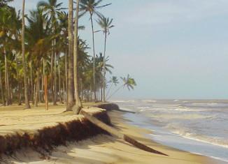 praias de belmonte bahia - por zedu