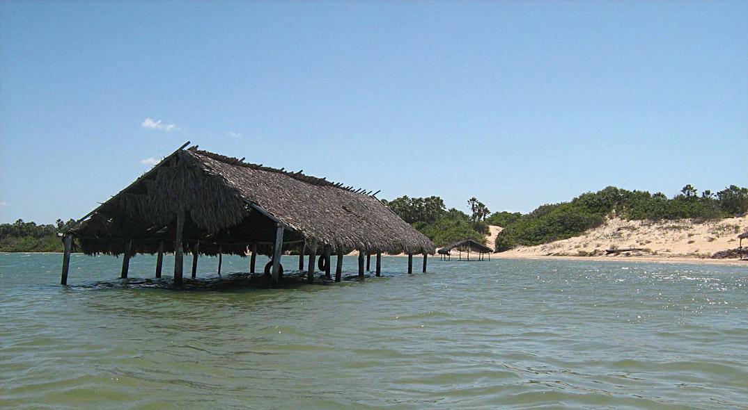 Praias de Camucim - Ceará - por Marilia-Boos