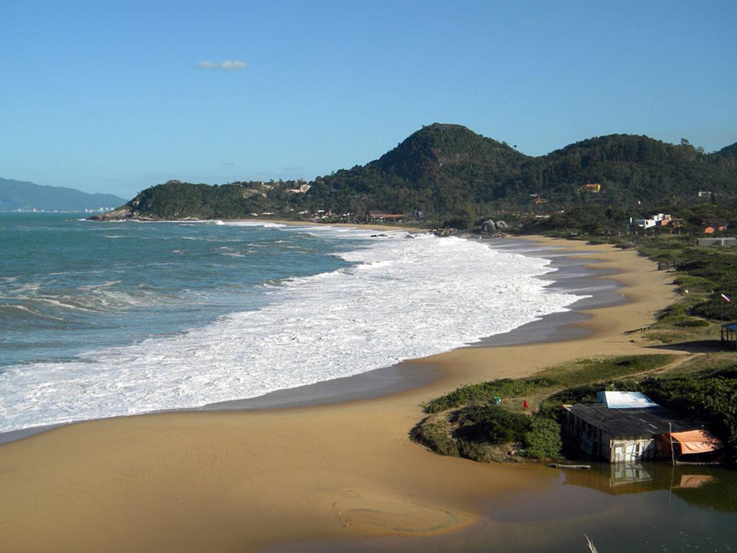 Praia do Estaleiro - SC - por Alvin-Noriler