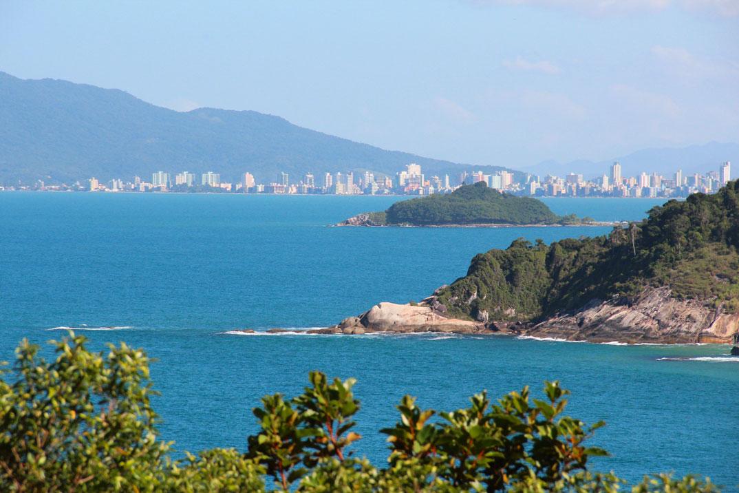 Praias de Balneário Camburiu – SC - por Kathia-Erzinger-Prox