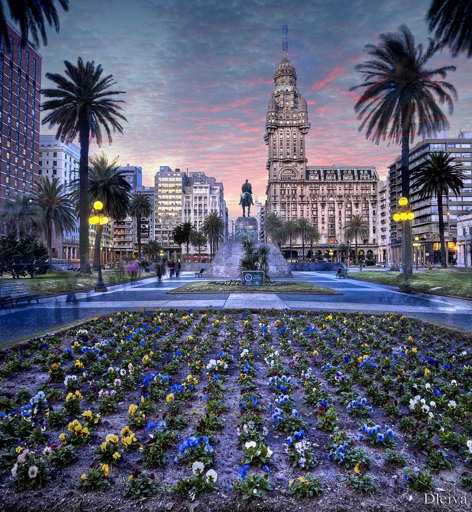 Onde fica Montevideo
