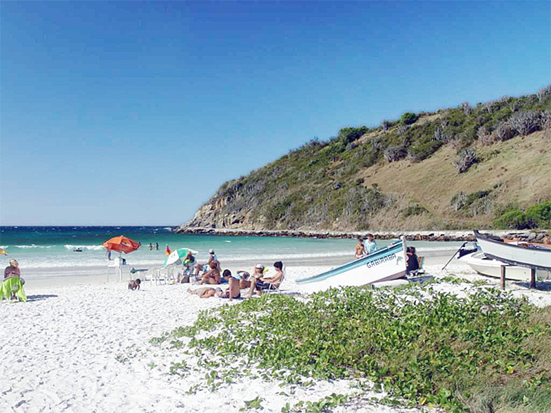 Praia do Pontal - Arraial do Cabo - por srta bella