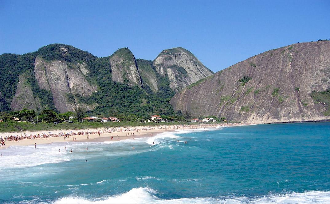 Praia de Itacoatiara - NIterói