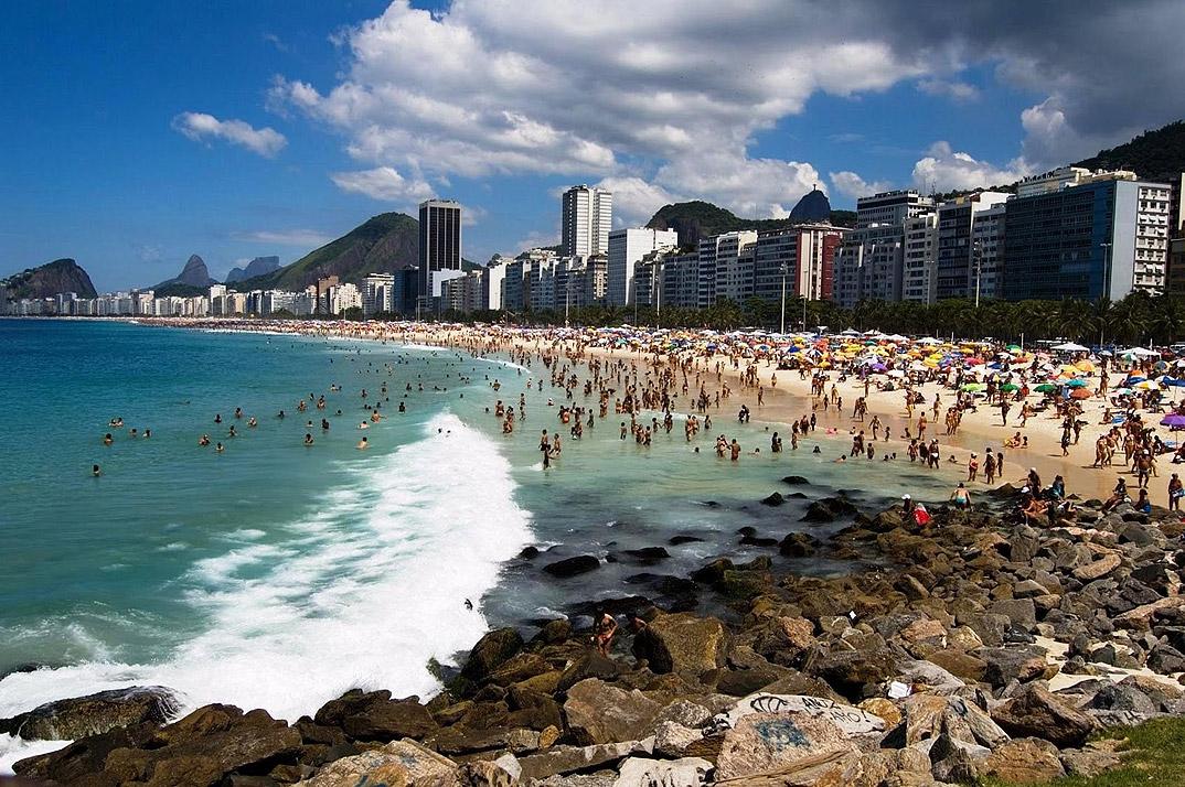 Leme - Rio de Janeiro - por blob-reveillonriodejaneiro