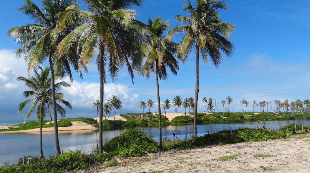 praias da esplanada bahia - por misscheckin