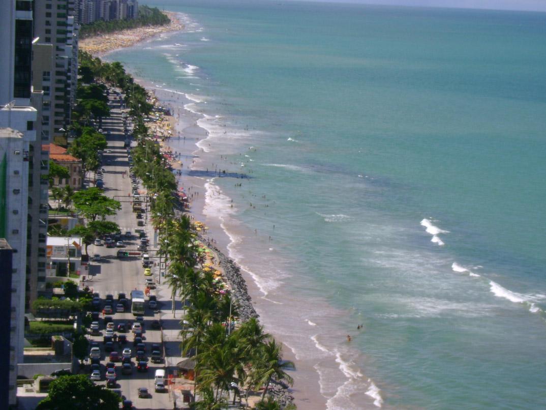 Praia de Boa viagem - Recife - Pernambuco - por infosturisticas