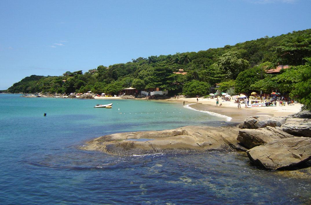 Praia de Bombinha - Bombinhas – SC - por meireles