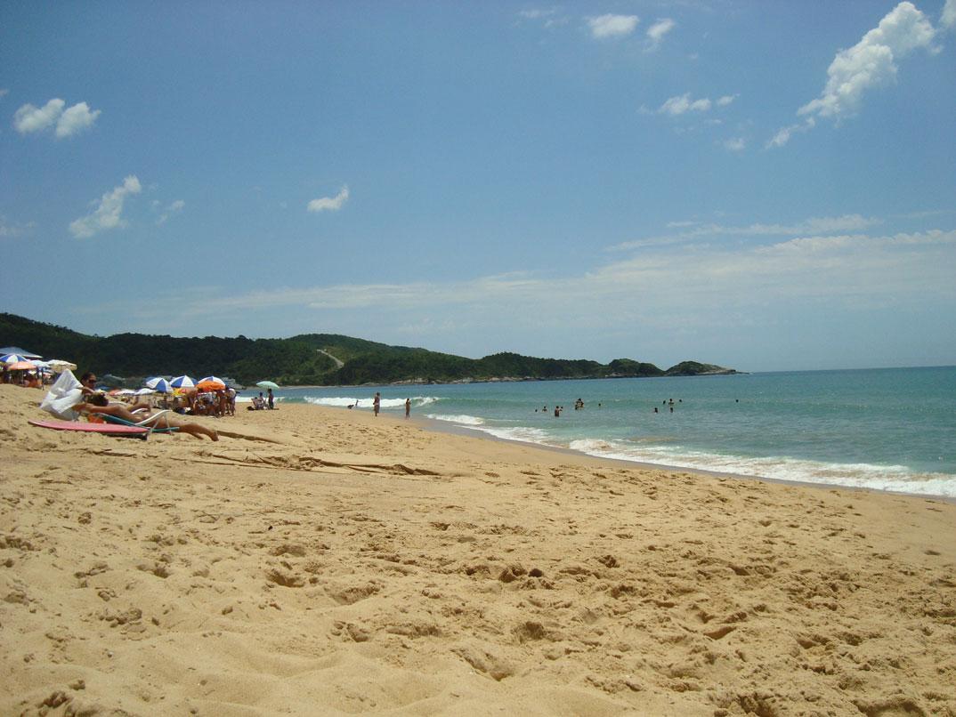 Praia do Estaleirinho - Balneário Camburiú – SC - por Renato-Campi