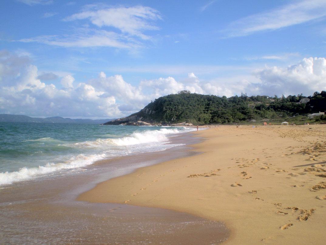 Praia do Estaleiro - SC - por Antonio-Guardati