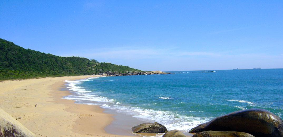 Praias de Balneário Camburiu – SC - por Isaac-Mendoza